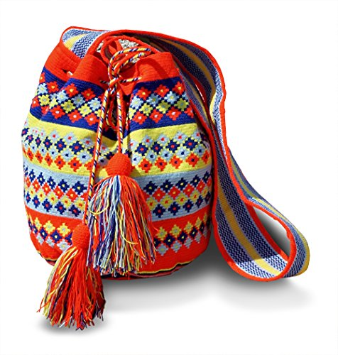 FORMA Authentic Hand Woven Traditional Large Wayuu Shoulder Bag By Model WAC400
