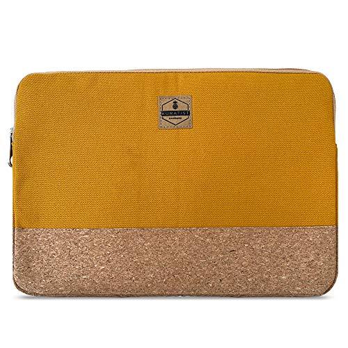 Kuratist Laptop Sleeve 15-16 Zoll kompatibel mit MacBook Pro – Handgemacht aus Baumwoll Canvas und Kork (100% vegan) - Curry Gelb
