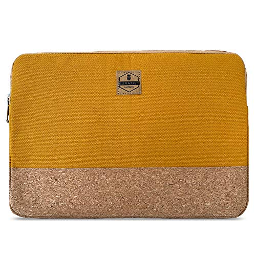 Kuratist Laptop Sleeve 15-16 Zoll kompatibel mit MacBook Pro – Handgemacht aus Baumwoll Canvas & Kork (100prozent vegan) - Curry Gelb