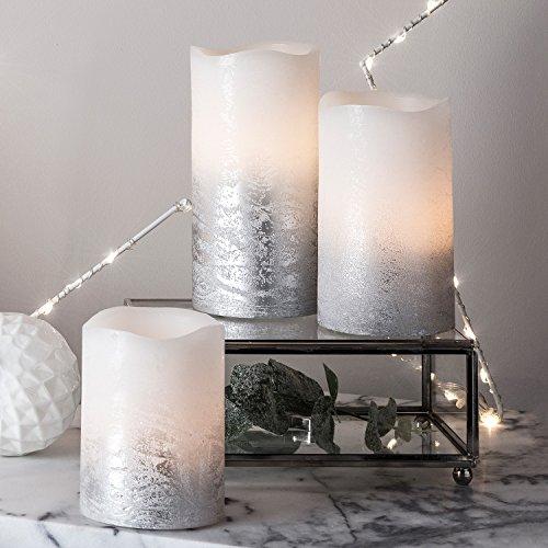 3er Set LED Echtwachs Kerzen flackernd warmweiß silber Timer batteriebetrieben Lights4fun