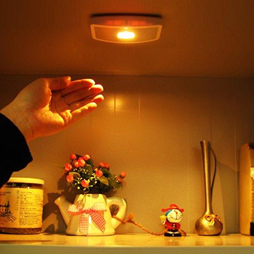 Xcellent Global 5 LED PIR détecteur de mouvement portable pour escalier, étape, armoire, placard,juste agiter vos mains,coller sur n'importe où avec 3M double face robinet M-LD043