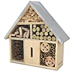 Navaris XL Wooden Insect Hotel - 23 x 40 x 7 cm - Natural Wood Insect Home - Garden Shelter Bamboo Nesting Habitat - Bees Butterflies Ladybugs Insects