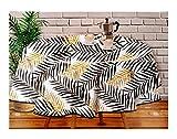Mantel Hule PVC - Impermeable - Uso Interior y Exterior - Original 100% - Motivo Tropical Negro y Oro Dorado - Antideslizante - Borde Ribeteado Negro (Redondo 160cm)
