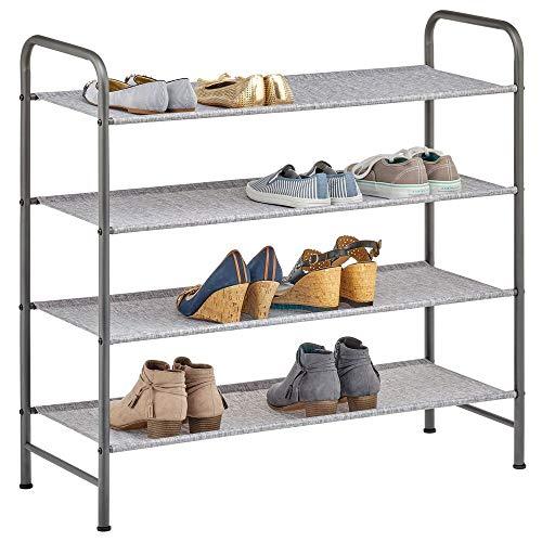mDesign Schuhablage für bis zu 16 Paar Sneaker, Sandalen etc. – modernes Schuhregal aus Kunstfaser und Metall – platzsparende Alternative zum Schuhschrank – grau