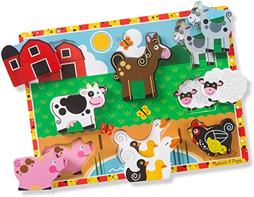 Educational toy idea for your preschooler! Melissa and Doug Farm Animals Wooden Puzzle! This toy is great for fine motor skills.
