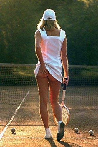 1art1 Schöne Frauen - Tennis Mädchen, Slip Off Poster 91 x 61 cm