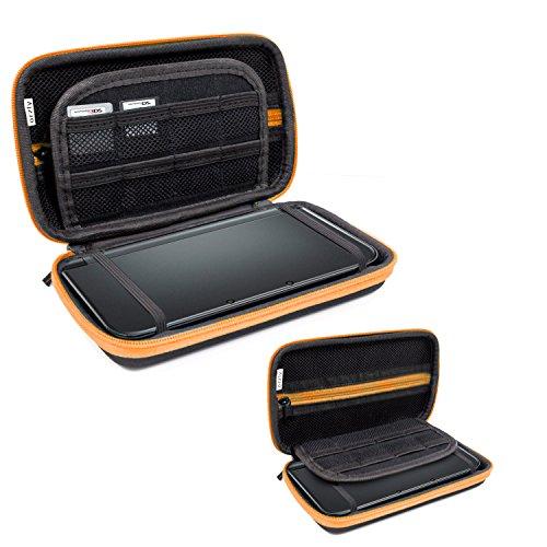 Orzly 3DSXL Case, Aufbewahrungstasche für 3DS XL oder New 3DS XL - Hartschalen Schutzhülle für das Original Modell 3DS XL oder das Nue Nintendo 3DS XL Konsole & Accesoires - ORANGE auf Schwarz