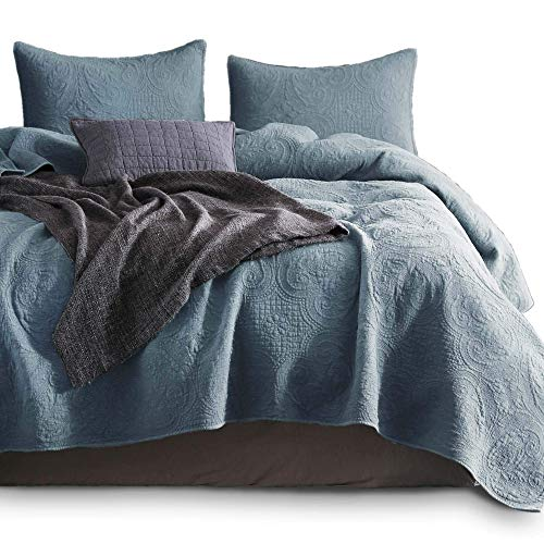 KASENTEX Stone Washed Quilted Coverlet Set with Standard Shams, 100% Cotton Ultra Soft Bedspread, Traditional Country Chic Floral Embroidery Patterned, Queen + 2, Chambray Blue