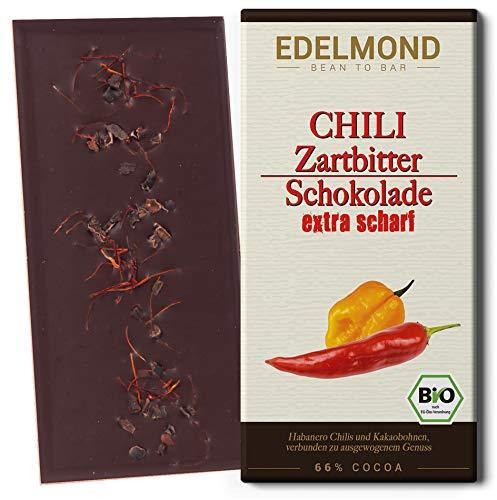 Edelmond Bio Chili Schokolade scharf. Habanero Schoten in langzeit geführter zartbitter Schoko. Vegan und Fair-Trade. Cilli + Cacao