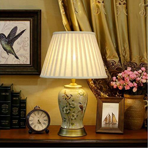 Mooie lampen/tafellamp van keramiek in Europese stijl, woonkamer, slaapkamer, bedlampje, villa in Amerikaanse stijl, koperen lamp, bloemen en vogels.