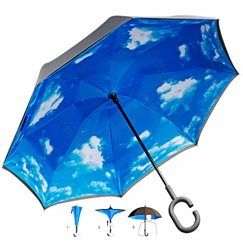 GOODS+GADGETS Umgedrehter Regenschirm mit blauem Himmel und C-Griff für freie Hände; Invert-Stockschirm Schlauer Regen-Schirm mit 105cm Durchmesser