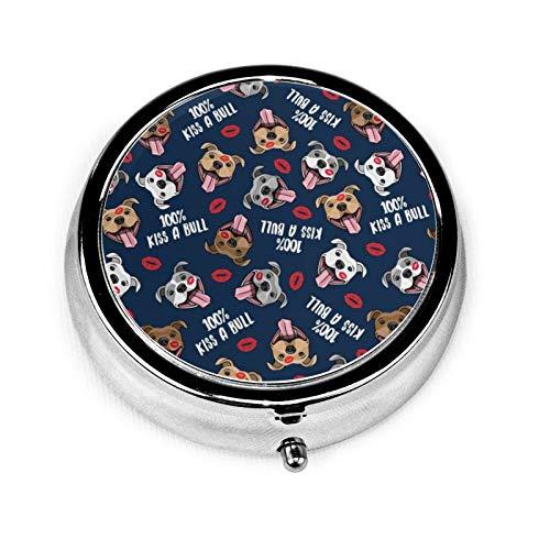 Caja de medicina redonda portátil, mini pastillero de metal, dispensador de pastillas, bolso de mano, regalo de viaje, Kiss A Bull Lindo Pit Bull Dog Labios Amor San Valentín