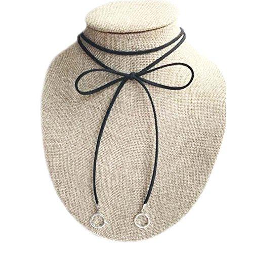 Collier de cordon de velours noir à la mode