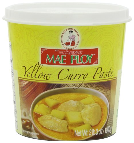 Mae Ploy Yellow Curry Paste Large 35Ounce