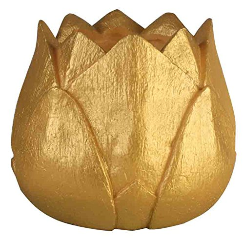 Bougie fleur de lotus en or et argent. Bougie de Noël pour vos fêtes et événements Bougie flottante avec une lampe à l'intérieur, la bougie est en forme de fleur de lotus, en or et argent. L'achat comprend la lampe. La bougie est faite de cire. Mesures bougie fleur de lotus, 15 x 14 cm de haut. (or)