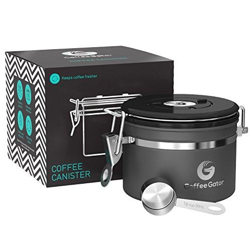 Coffee Gator-Edelstahl-Kaffeedose – Hält gemahlener Kaffee und Bohnen länger frisch – Behälter mit Datumsverfolgung, CO2-Freigabeventil und Messlöffel (Klein, Grаu)