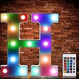 Luces de Símbolo de Número Letra Alfabeto LED Iluminado Colorido con Interruptor de Control Remoto Inalámbrico Lámpara Decorativa de Corazón para Boda San Valentín Navidad (Letra H)