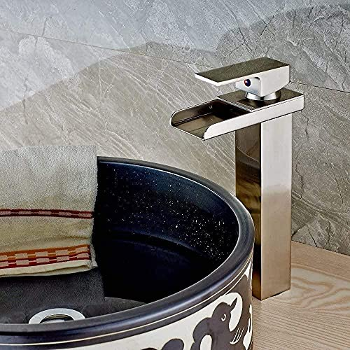 Grifo Grifo Nuevo Nosotros Moda Níquel Cepillado Baño Lavabo Grifo Cascada Monomando De Un Solo Orificio Grifo Montaje En Cubierta