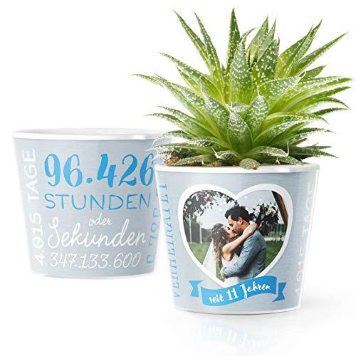 11. Hochzeitstag Geschenk – Blumentopf (ø16cm) | Geschenkidee zur Stahlhochzeit für Mann oder Frau mit Herz Bilderrahmen für 1 Foto (10x15cm) | Glücklich Verheiratet - 11 Jahre
