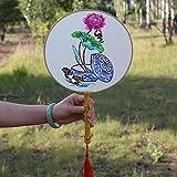 YiXing Abanico de seda de estilo chino con corte de papel para ventana para enviar regalos al extranjero (color: verde oscuro)