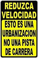ヴィンテージルックファニーメタルティンサイン、スペイン語スローダウンこれは近隣の競馬場のサインではありません。警告サイン危険プライベートプロパティサインメタル、屋外用の事前に掘削されたセーフティメタルサイン