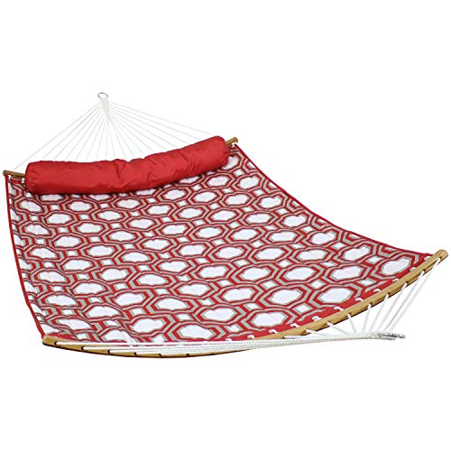 Sunnydaze Quilted 2-Person Hammock with Curved Bamboo Spreader Bars - Heavy-Duty 450-Pound Weight Capacity, Red and Gray Tiled Octagon