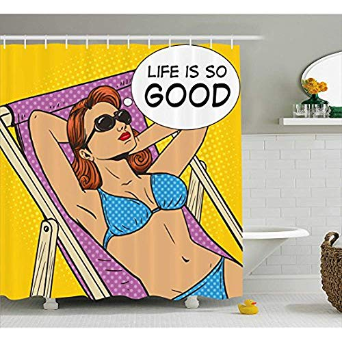 Yeuss Retro Duschvorhang, Pop Art Sonnenbaden Frau mit Leben ist so gut Zitat am Strand Motivations-Comic-Bild,Stoff Badezimmer Dekor Set mit Haken,Multicolor 66'x72'