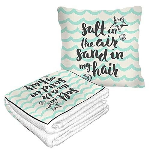 Sommer Strand Reise Decke und Kissen 2 in 1 Premium Soft Flanell Kompakt Pack Große Decke für Reisen Salz in der Luft Sand in meinem Haar Zitat Seestern Meer Schnecke