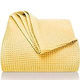 LAYNENBURG Premium Tagesdecke 150 x 200 cm - Waffelpique 100prozent Baumwolle - leichte Sommerdecke - Baumwolldecke als Bett-Überwurf, Sofa-Überwurf, Couch-Überwurf - luftige Sofa-Decke (gelb)