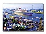 City Souvenir Shop Foto-Magnet Hamburg, Queen Mary 2 an den Landungsbrücken, ca. 8 x 5,4 cm