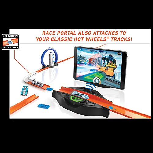 Hot Wheels id Smart Track Starter Kit with 3 Exclusive Cars, Track Pieces and Hot Wheels Race Portal for Physical  Arizona
