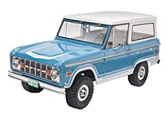 Challenge yourself to construct this 137-piece model kit This kit features detailed 289 coin. Engine, swing-a-way Spare tire, and removable hardtop This 1: 25 scale model is molded in white and clear with chrome plated parts and soft black tires. Rec...