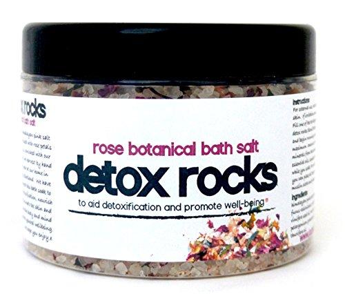 """Detox Rocks sali da bagno * Restoring rose da bagno """"* sale rosa Rocks infuso con alghe, petali di rosa e rigenerante oli essenziali di rose, geranio e mirra offerta limitata da £10"""