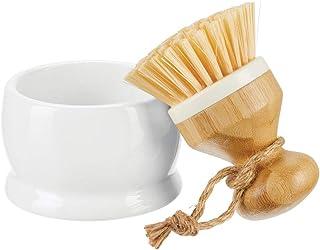 mDesign Cepillo de madera de bambú con soporte – Cepillo redondo con fuertes cerdas de plástico – Versátiles accesorios de limpieza para fregadero, azulejos y suelo de cocina o baño – blanco y natural