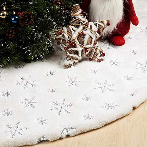 GIGALUMI 48 Inches Christmas Tree Skirt, White and Silver Christmas Tree Mat, Snowy White Faux Fur Tree Skirt for Xmas Holiday Home Party Decorations Ornaments (White/Silver)