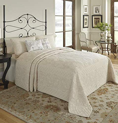 Best Price Nostalgia Home Valinda Ivory/Sand Reversible Bedspread