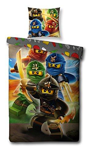 Familando Wende Bettwäsche-Set Lego Ninjago, 135x200cm + 80x80cm, Linon 1475 Baumwolle Kinderbettwäsche