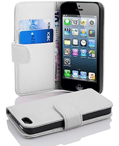 Cadorabo Hülle für Apple iPhone 5 / iPhone 5S / iPhone SE in Magnesium WEIß – Handyhülle aus Strukturiertem Kunstleder mit Standfunktion und Kartenfach – Case Cover Schutzhülle Etui