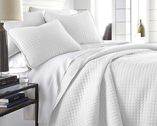 Southshore Fine Linens - Vilano Springs Oversized 3 Piece Quilt Set, King/California King, Bright White
