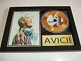 Disco dorado firmado por Avicii