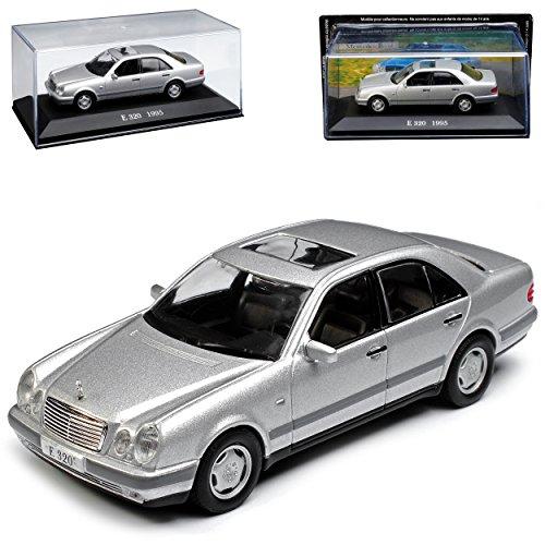 Mercedes-Benz E-Klasse W210 E320 Limousine Silber 1995-2002 Nr 43 1/43 Ixo Modell Auto mit individiuellem Wunschkennzeichen