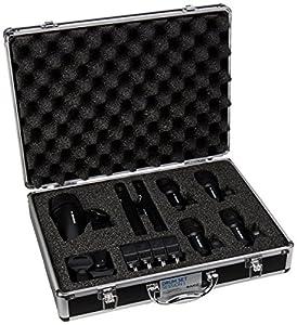 Confezione di microfoni perfetti per qualsiasi kit Include microfono per grancassa, per percussioni e per rullante/tom con clip Viene fornito in una robusta custodia per il trasporto adatta per concerti Microfoni akg di alta qualità per un ottimo suo...