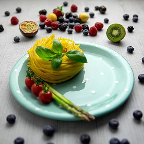 City to Cottage | Assiette plate | bleue turquoise à pois blancs en céramique faite et peinte à la main | 25,5cm