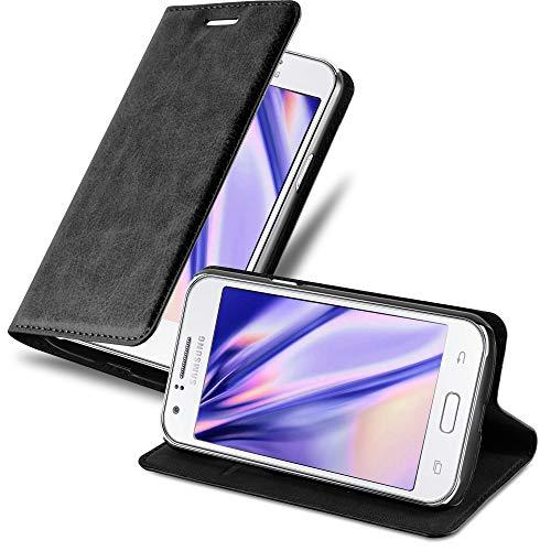 Cadorabo Funda Libro para Samsung Galaxy J1 2015 en Negro Antracita - Cubierta Proteccíon con Cierre Magnético, Tarjetero y Función de Suporte - Etui Case Cover Carcasa