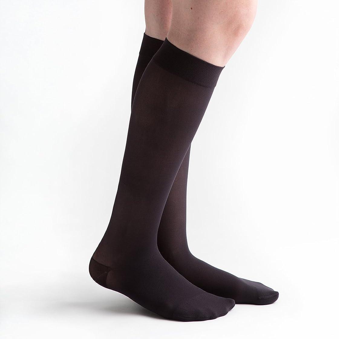 収束するセミナーセメントvenactive薄手20?–?30?mmHg Closed Toe膝高圧縮ストッキング