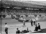 Art Print Cafe – Cuadro, fotografía – Impresion sobre Lienzo - Anónimo, Cars at The Start Line of The Sheepshead Bay Race Track, New York, 1918 – 100x70 cm