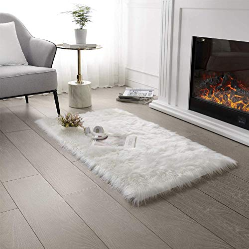 QUANHAO Wollteppich, superweicher Kunstfell-Schaffell-Bettteppich, langhaariges Fell, bequemes Schaffell-Bettteppich-Sofakissen (Weiß, 80 x 160 cm)