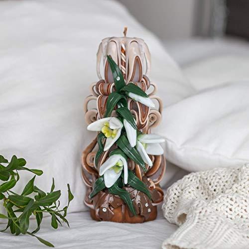 Frühlingskerze - Handgemachte braune geschnitzte Kerze mit Schneeglöckchen - unparfümierte Paraffinkerze für Ihr Interieur oder ein schönes Geschenk für Muttertag, Geburtstag, Weihnachten, Ostern.