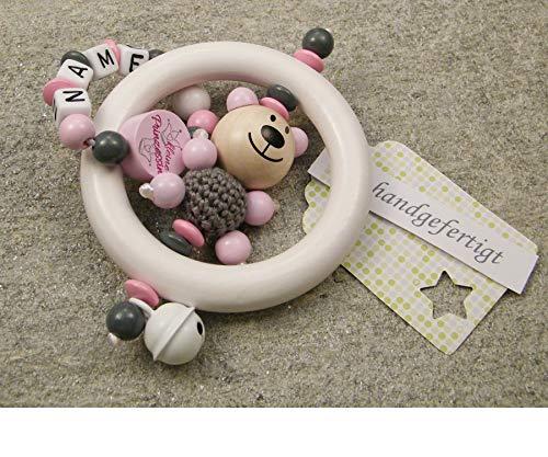 Baby Greifling Rassel Beißring mit Namen - individuelles Holz Lernspielzeug als Geschenk zur Geburt Taufe - Mädchen Motiv Bär und Prinzessin in rosa