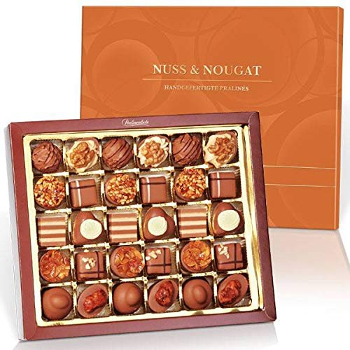 Feinste Nuss & Nougat Pralinenkomposition mit 30 Pralinen - Pralinen Geschenk in exklusiver Geschenkbox - Aus edelsten Zutaten hergestellt